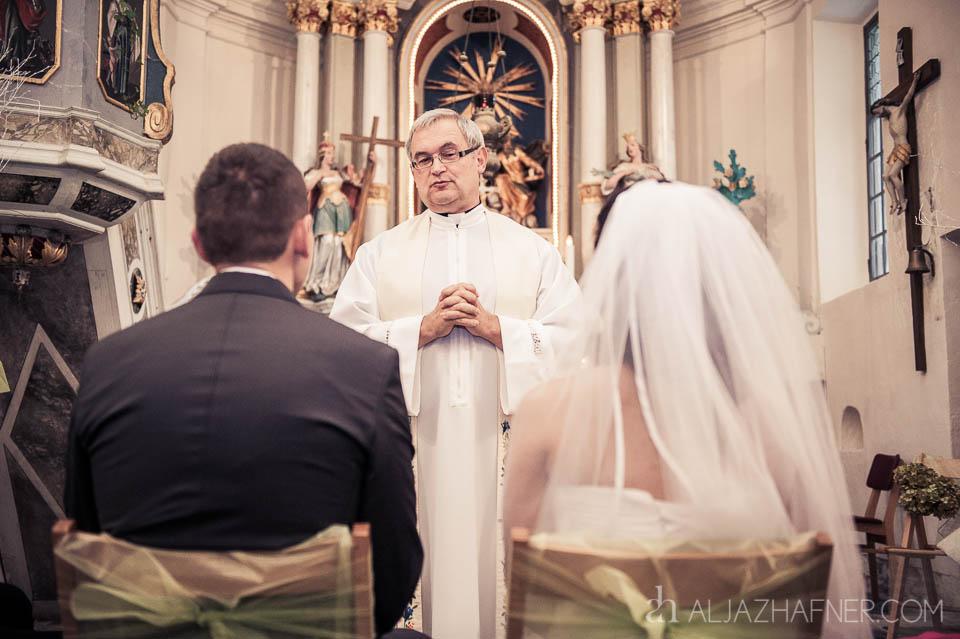 www.aljazhafner.com_Poroka_v_Bohinju_Patricija+Milan_10_2012_027