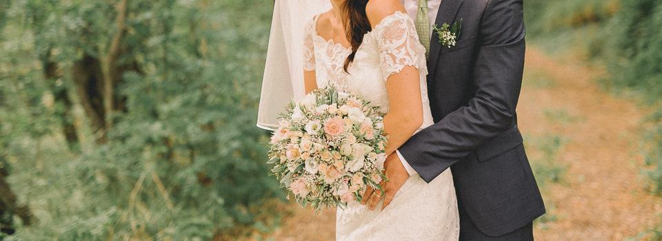Wedding in Vipava valley ı Poroka v Vipavski dolini v gostilni Majerija: Lara + Jan